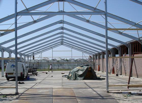 Achter een bestaande bedrijfsruimte werd een bedrijfshal van 1360 m2 gebouwd.  Opdrachtgever:Hout- en ijzerhandel in gemeente Westland Bouwperiode:2006 … Lees verder…