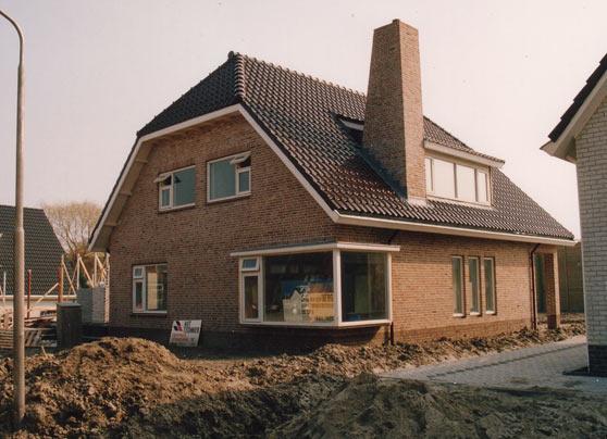 Deze woning is gebouwd in 1995 en is het kantooradres van S.C. van den Berg.  Opdrachtgever:S.C. van den Berg Bouwperiode: 1995 Bouwsysteem:Traditioneel … Lees verder…