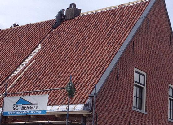 Nieuw dak voor woonhuis uw bouwbedrijf uit het westland klein